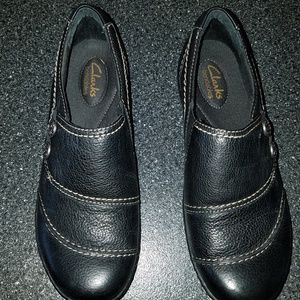 Womens CLARK shoes 71/2- NEW